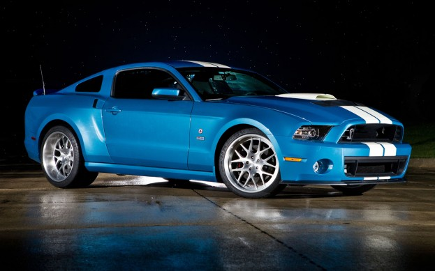 2013-Ford-Mustang-Shelby-GT500-Cobra-tribute-vehicle-front-side-view-623x389
